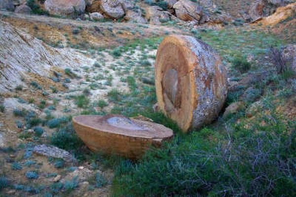 Древние стрелы плато Устюрт