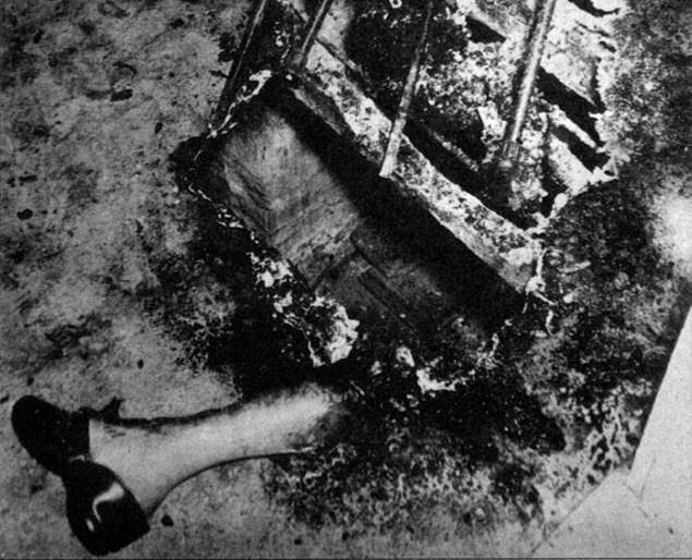 Лежит обычный гражданин и пылает огнем