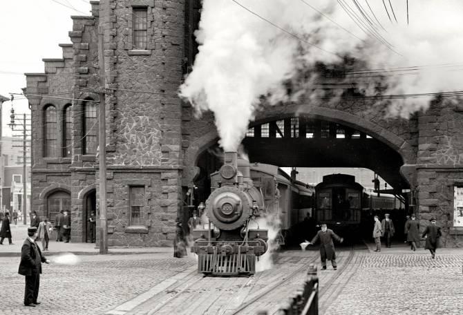 Итальянский поезд-призрак в петле времени (3 фото)