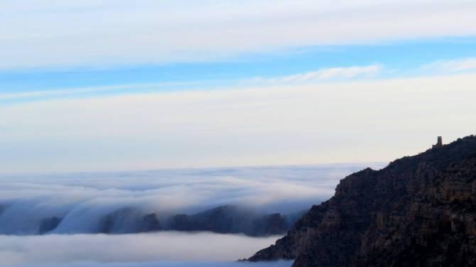 Редкое природное явление в Гранд-Каньоне (4 фото)