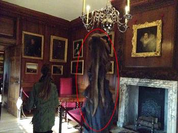 Школьница засняла Серую Леди, призрак дворца Хэмптон-Корт