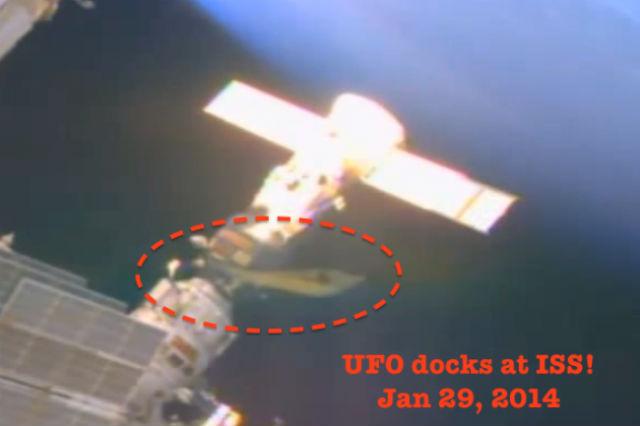 Скрытые контакты с НЛО на МКС (2 фото + 2 видее)