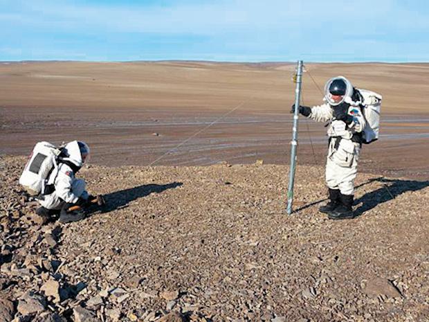 Марс снимают на острове Девон?