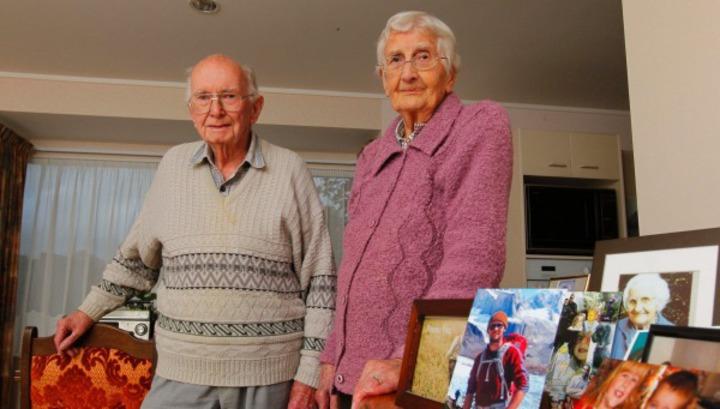 Супруги прожили вместе 67 лет и умерли в один день во сне