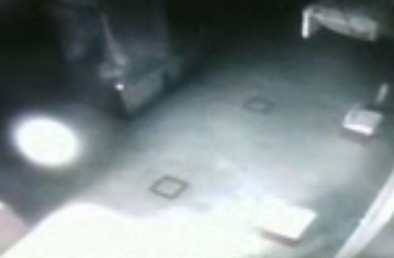В амурском краеведческом музее засняли летающие шары (2 фото + видео)