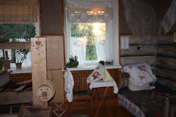 Исследование появления призрака и полтергейста в усадьбе Лисовских (4 фото)