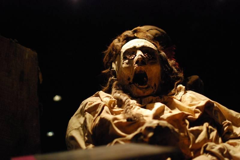 Кричащие мумии Гуанахуато (8 фото)