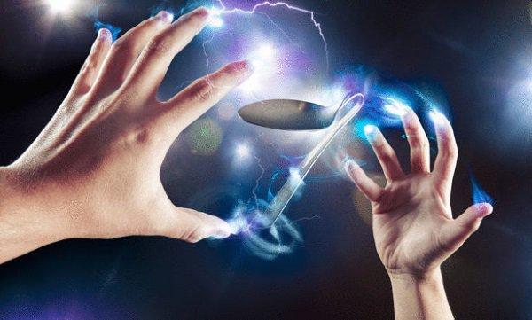Три теории, обосновывающие наличие у людей экстрасенсорных способностей (2 фото)