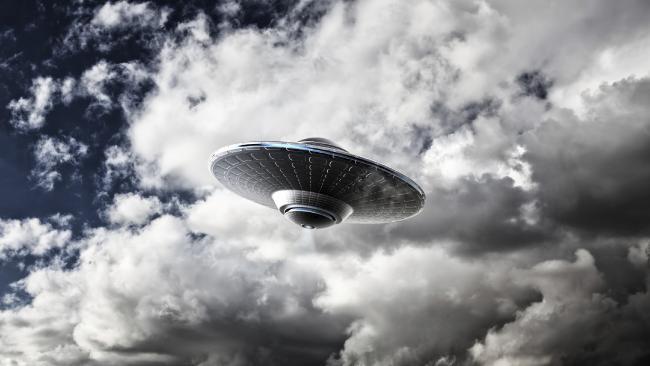 Житель Арлингтона увидел НЛО и связал это со своим сонным параличом