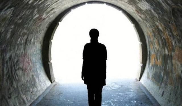 Научное изучение феномена околосмертных переживаний (3 фото)