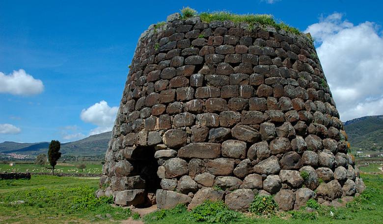 Древние башни-нураги на Сардинии