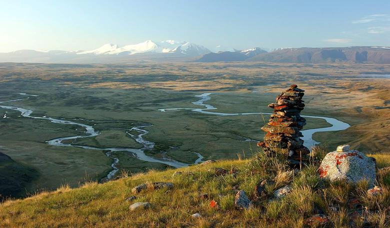 Туристы перестали мусорить на плато Укок, боясь мести духов  (2 фото)