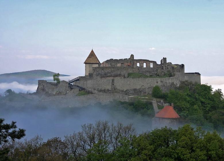 Тайны Вишеградской горы (3 фото)