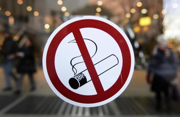 Почему так сложно бросить курить (3 фото)
