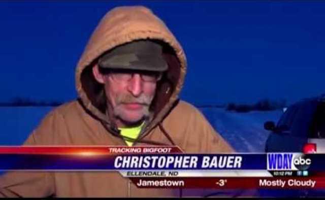 Охотник из Северной Дакоты более 10 км преследовал лохматого йети (4 фото + видео)