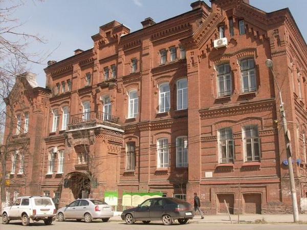 Пермский дом с кикиморой (3 фото)