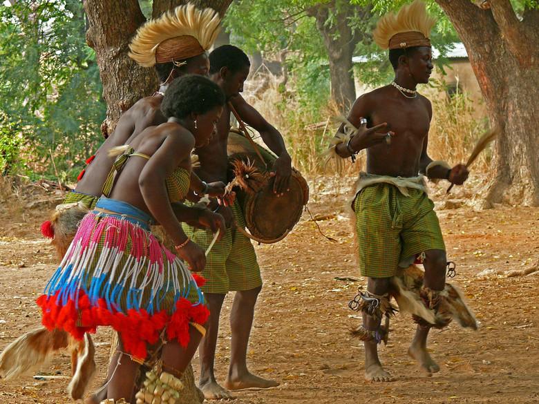 Магические африканские танцы (5 фото)