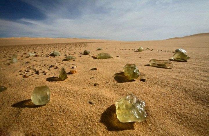 Гипотеза: Пирамиды строились как убежища от метеоритов? (3 фото)