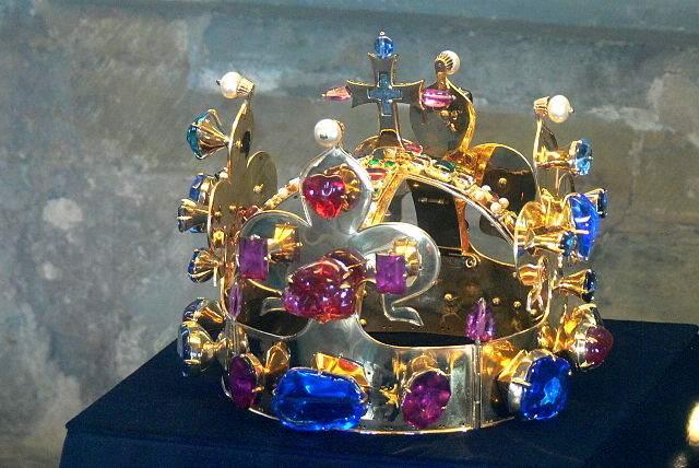 Мстительные короны