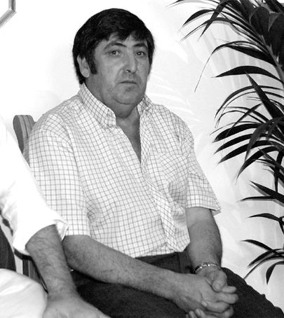 Испанский целитель Андрес Баллестерос (2 фото)