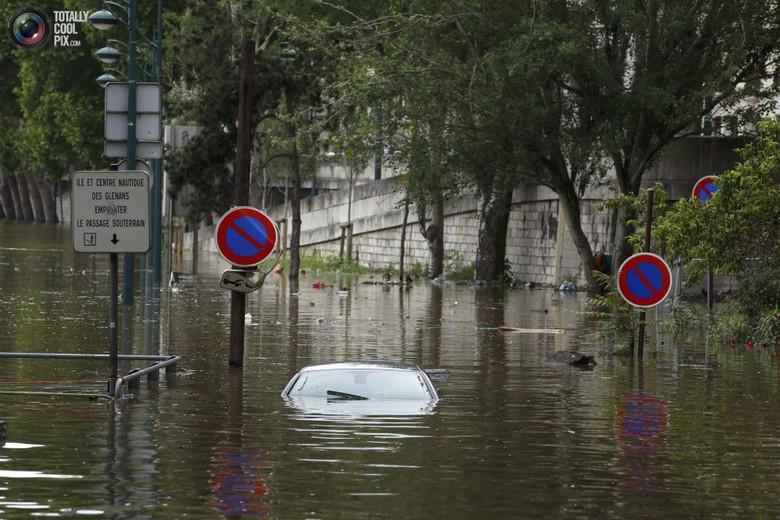 К концу столетия учёные прогнозируют затопление домов пяти миллионов человек в Европе (4 фото)