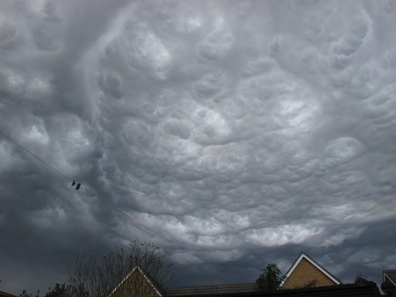 Метеорологи официально признали существование «облаков Судного дня» (3 фото + видео)
