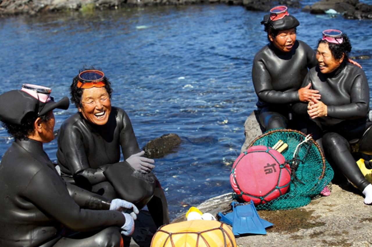 Женщины моря: Удивительные ныряльщицы Ама