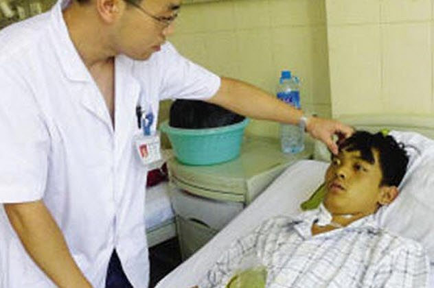 Десятка невероятных медицинских случаев (10 фото)
