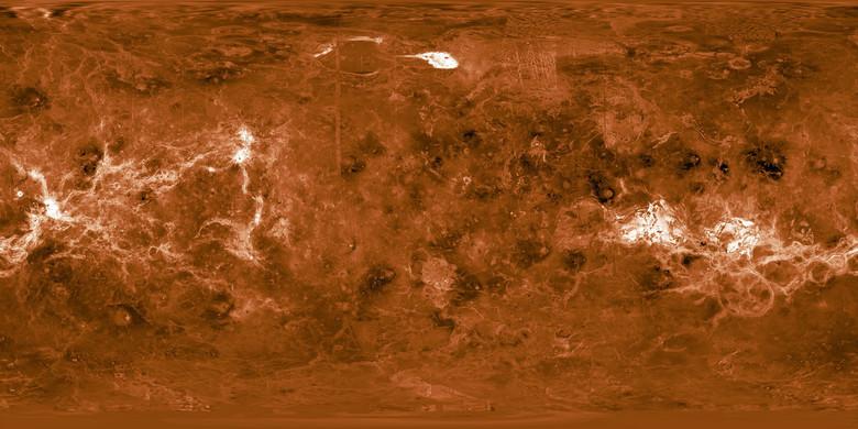 Семь самых экстремальных планет, обнаруженных астрономами (7 фото)