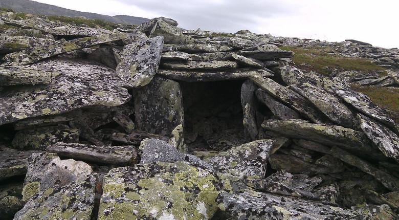 В горах Приполярного Урала впервые обнаружен древний дольмен позднего неолита