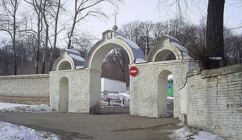 На кладбище в Пензе внезапно обнаружили, что мертвецы в могилах не разлагаются