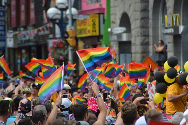 В Германии официально признали третий пол (2 фото)