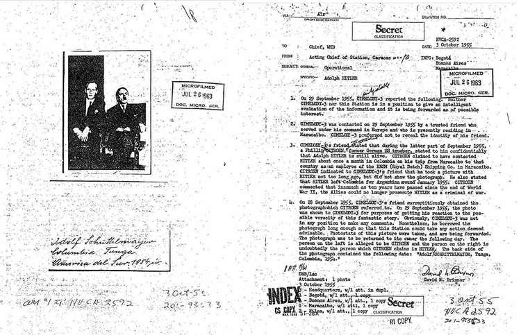 Согласно рассекреченному документу ЦРУ, Гитлер в 1945 году бежал в Латинскую Америку (2 фото)