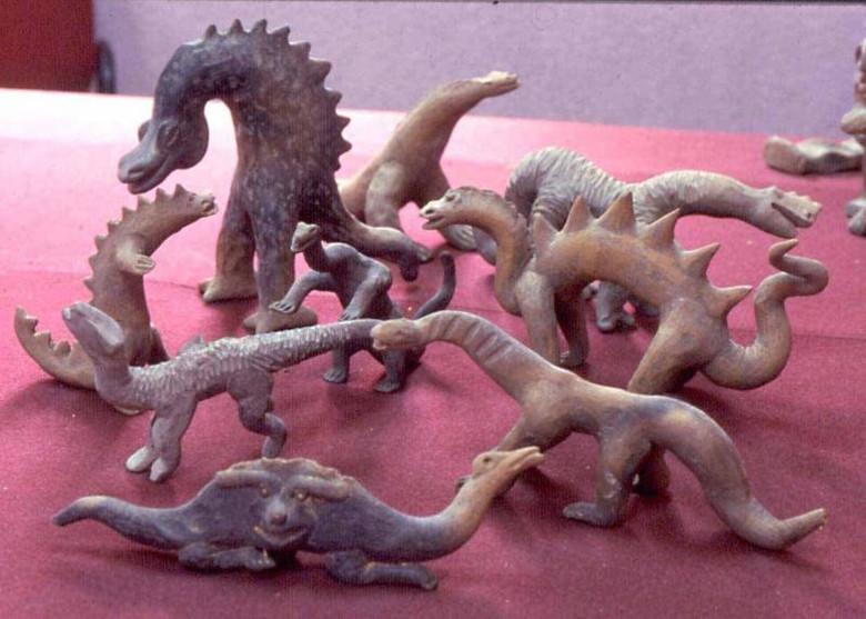 Вероятные древние изображения динозавров (12 фото)