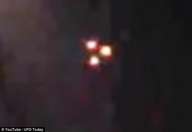 Над Россией засняли на видео треугольный НЛО