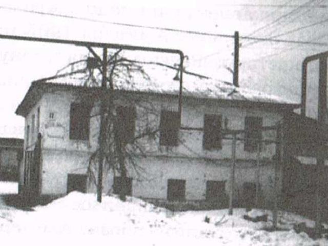Дом с привидениями в Чебаркуле (3 фото)