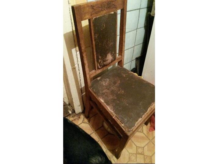 В Астрахани старый стул начал двигаться сам по себе и пугать жильцов квартиры