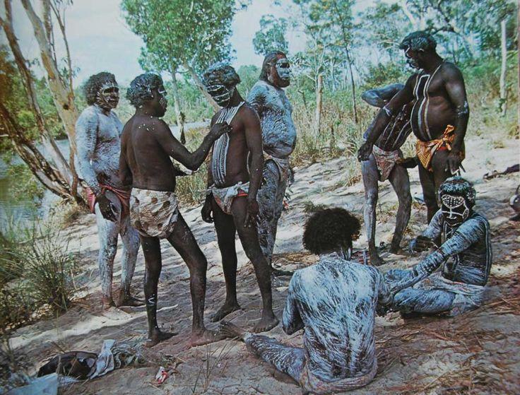Исторические запреты и суеверия, связанные с пролитием крови (4 фото)