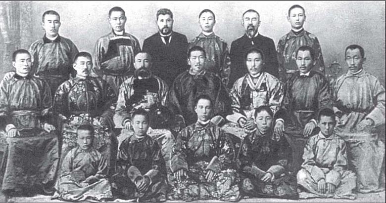 Тибетская медицина братьев Бадмаевых вылечила тысячи безнадежно больных в Царской России (8 фото)
