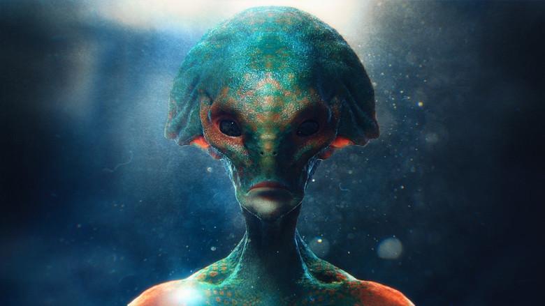 Женщина очень хотела увидеть НЛО и ночью за ней пришли двое пришельцев (2 фото)