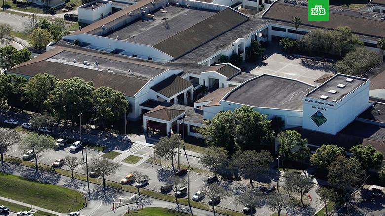 """Расстрелявший школьников во Флориде заявил, что ему приказали это сделать """"голоса в голове"""" (5 фото)"""