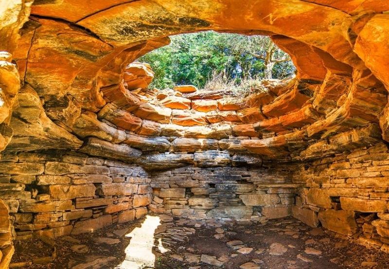 Загадка мегалитических Драконовых домов на греческом острове Эвбея