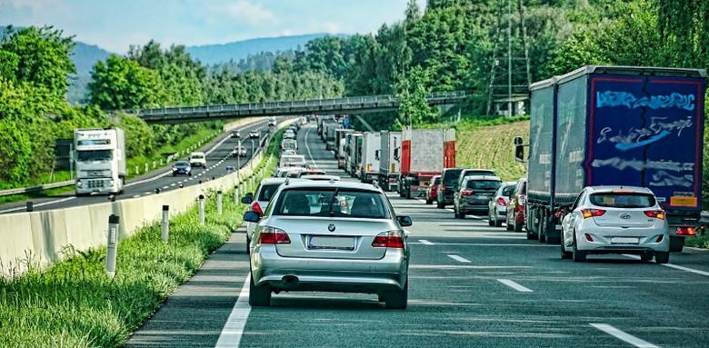 Автомобили, исчезнувшие прямо на глазах (3 фото)