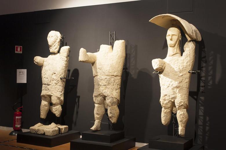 Гиганты из Монте Прама - скульптуры древней загадочной цивилизации Сардинии (9 фото)
