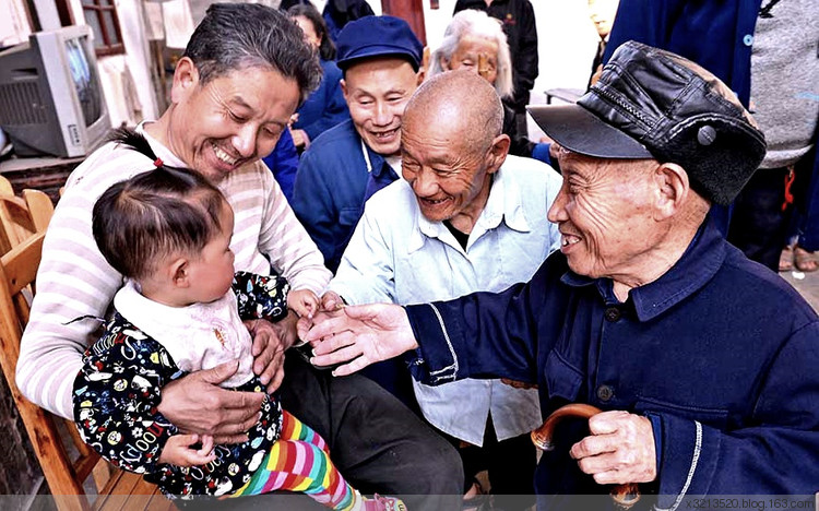 Тайны китайской деревни, в которой почти половина населения рождаются карликами