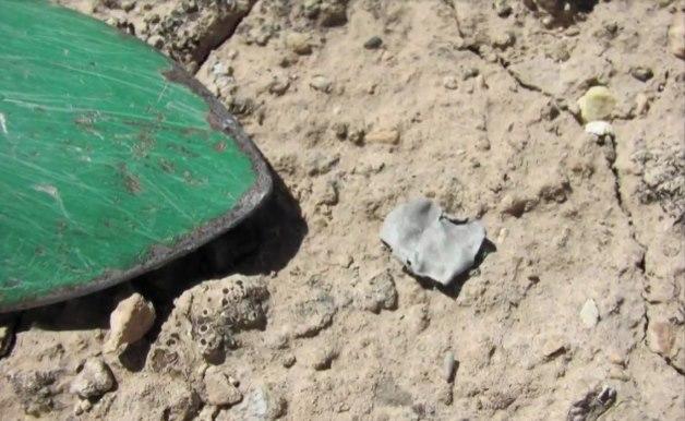 В Розуэлле, где по легендам в 1947 году разбился НЛО, геолог нашел необычные кусочки металла (4 фото)