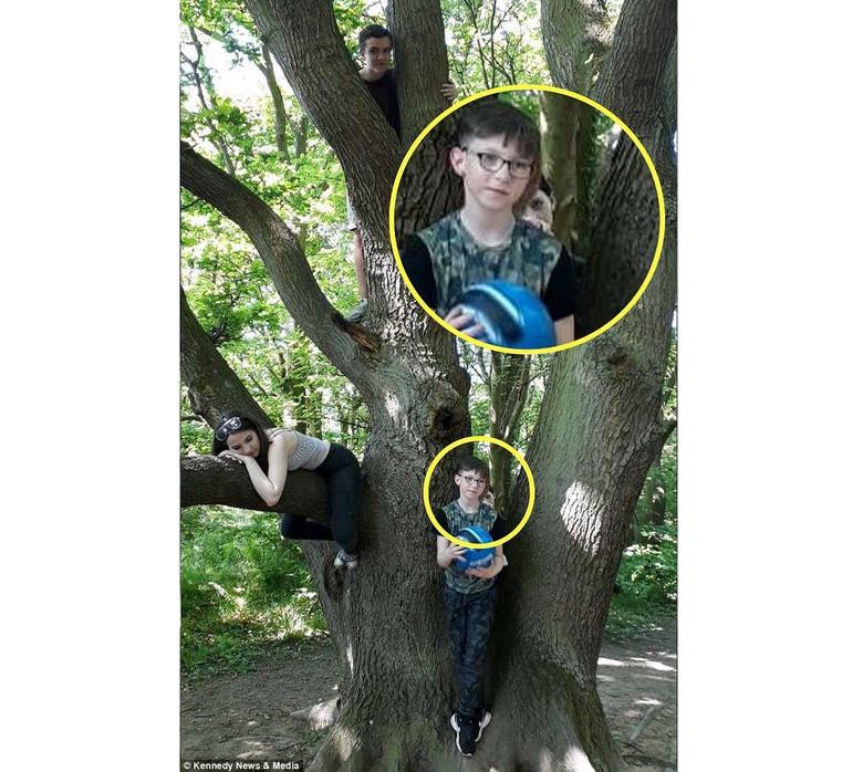 На снимке мать увидела голову ребенка-призрака, выглядывающего из-за плеча ее сына (4 фото)