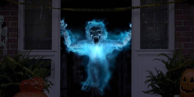 Моя жуткая жизнь в доме с привидениями (3 фото)