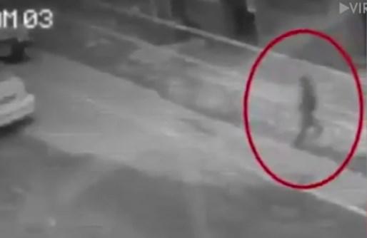 """На Филиппинах засняли переходящего улицу """"человека-тень"""""""