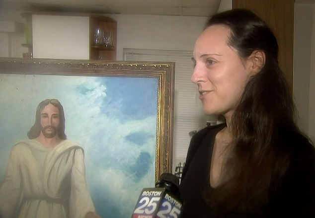 Чудо в Массачусетсе: Церковь выгорела до тла, но картину с Иисусом огонь вообще не задел